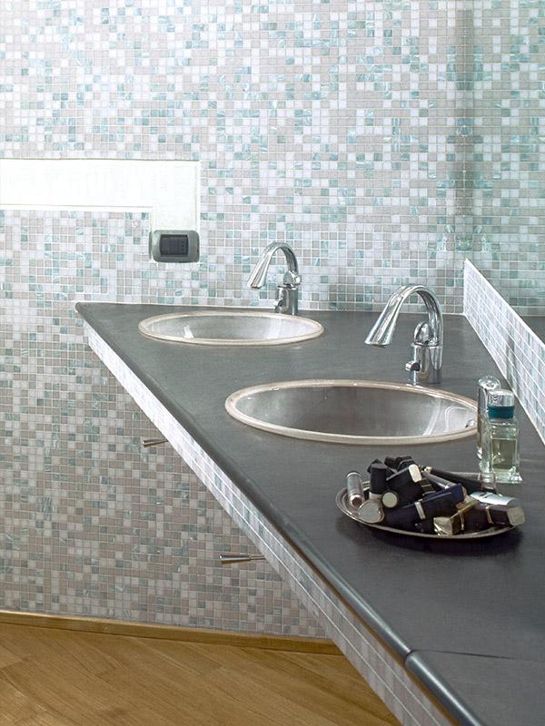 Kaj moramo vedeti o kopalniških ploščicah?