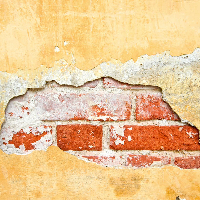 razpoke na fasadi